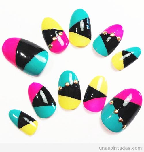 diseño-uñas-decoracion-colores-neon-verano-triangulos