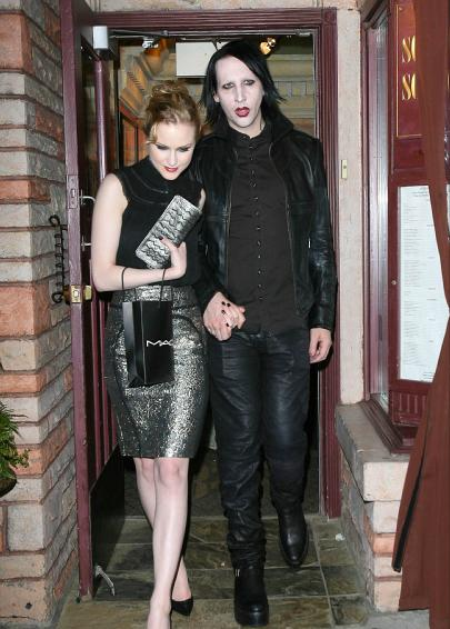 its_official_evan_rachel_wood_and_marilyn_manson_back_on