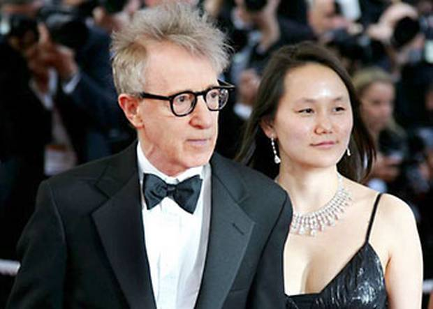 Match Point director Woody Allen with his wife Soon Yi Previn. -br---br- © Reuters