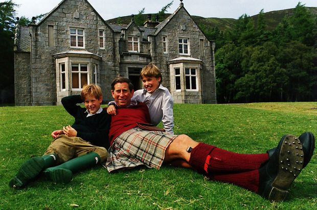 Prince+Charles+with+Prince+William+and+Prince+Harry+lying+on+the+grass+outside+a+country+house+wearing+Kilt+and+wellies+in+the+1990s